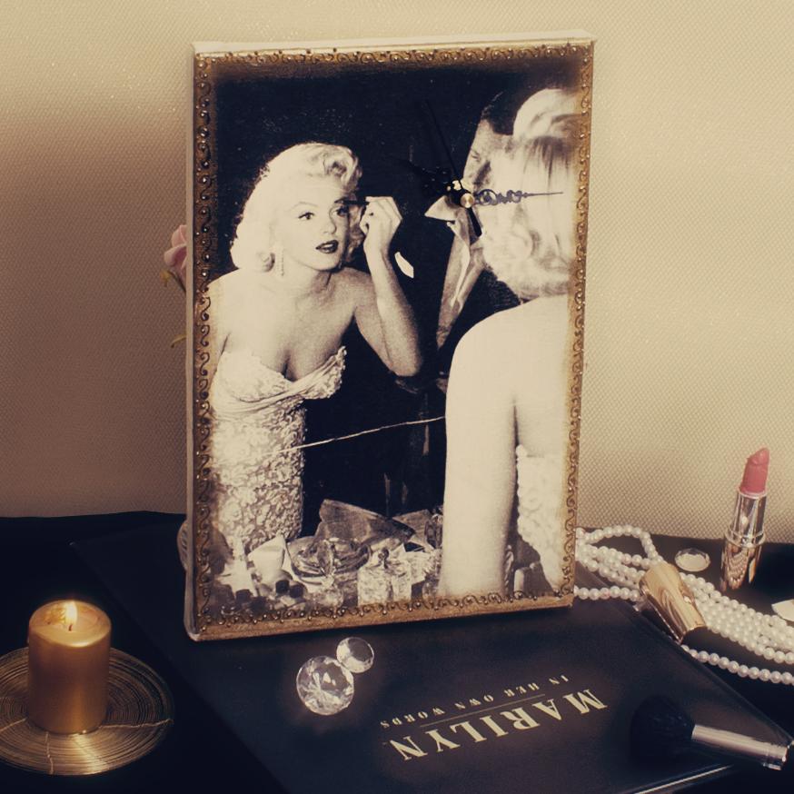 Ceas Marilyn decorativ