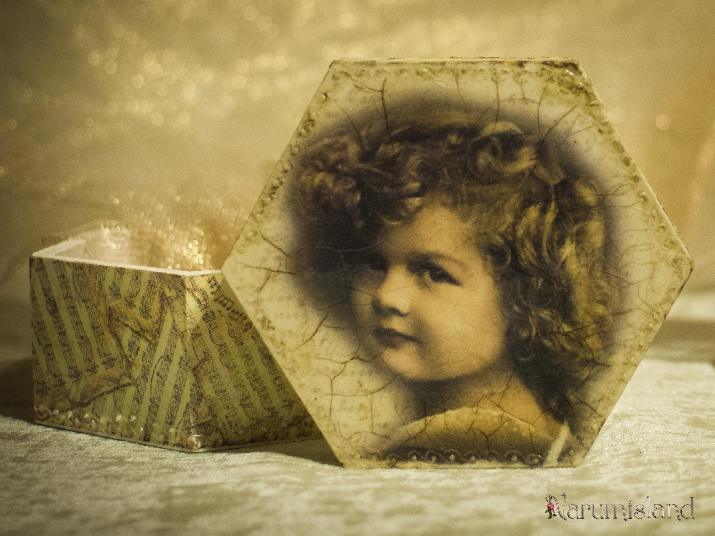 Cutie decorativa cu fetita si note muzicale_foto2
