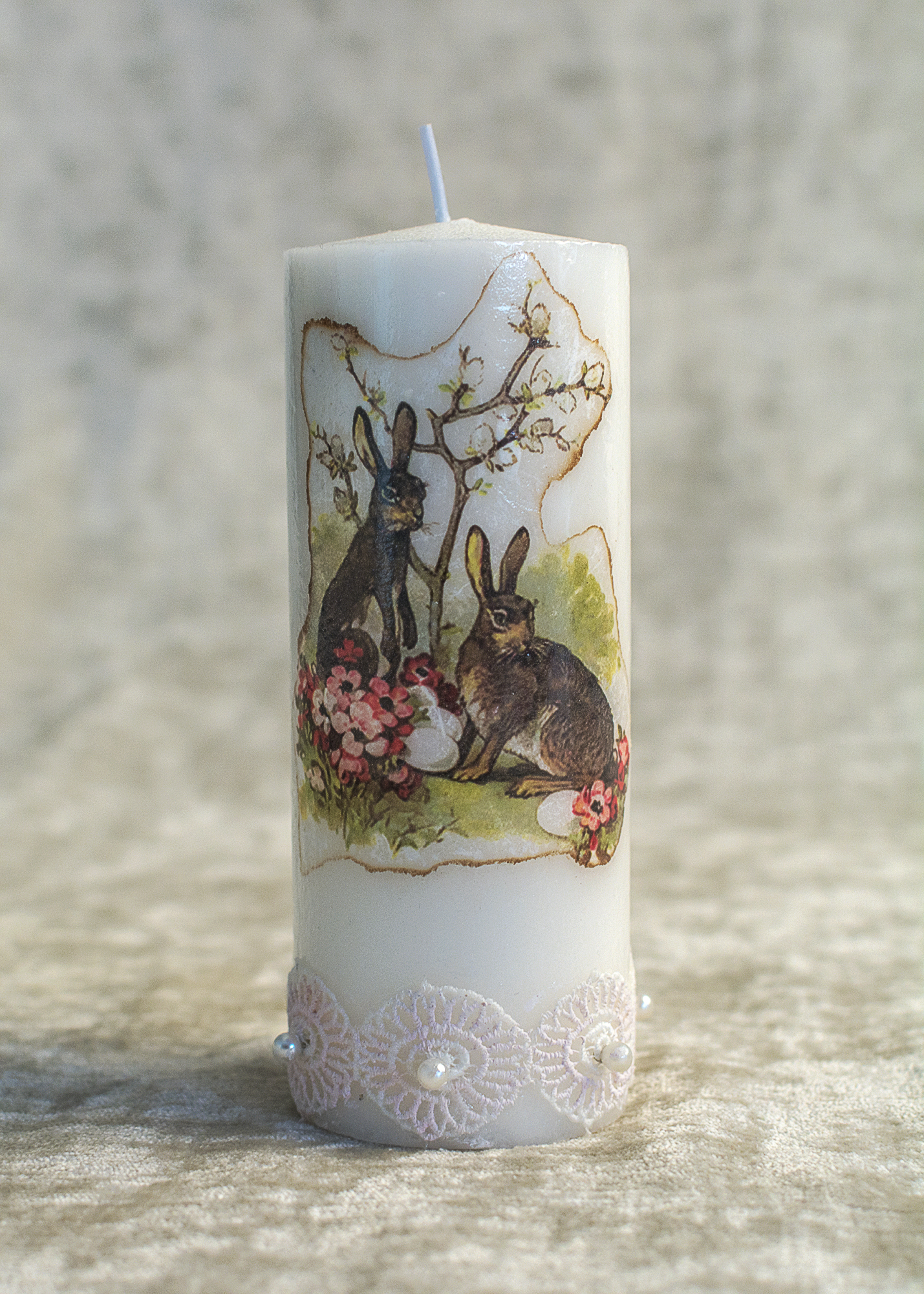 Eastr Candle: Easter Bunny