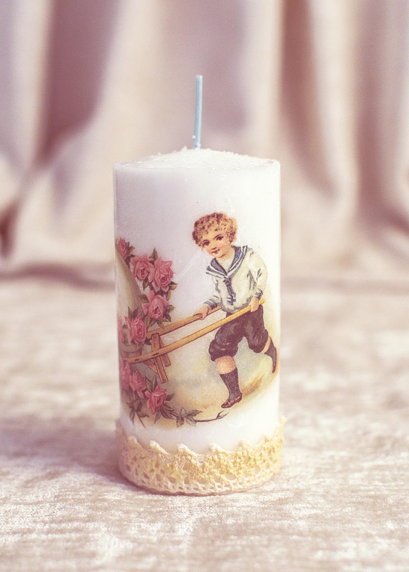 Lumanare Decorativa De Paste Cu Baietel Vintage :)