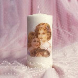 Lumanare decorata cu imagini vintage: copii si iepuras