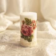 Lumanare decorativa cu trandafiri vintage
