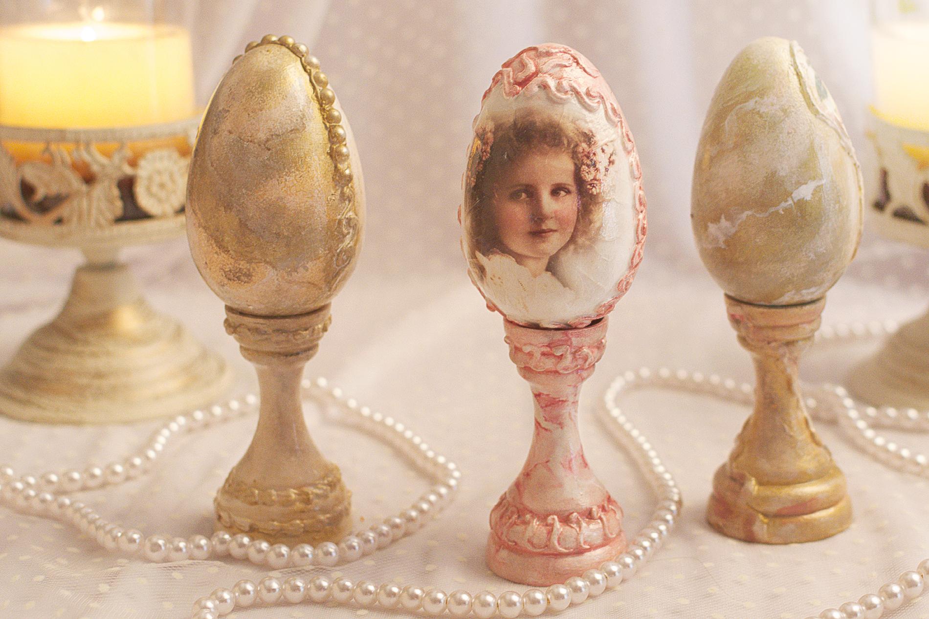 Ou Decorativ Cu Aspect De Marmura, Decorat 3d Si Fetita Vintage