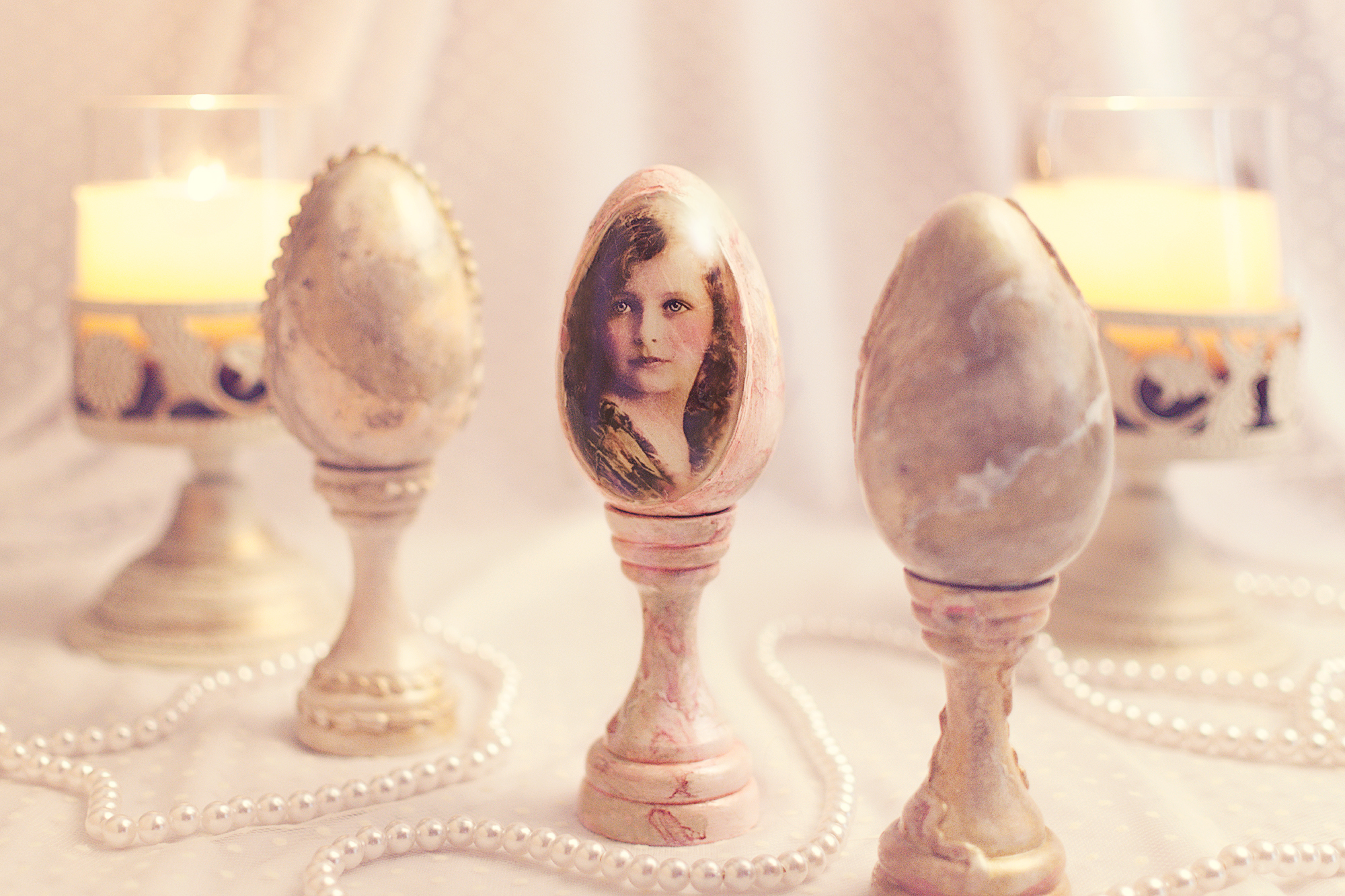Vintage Girl-Easter Egg