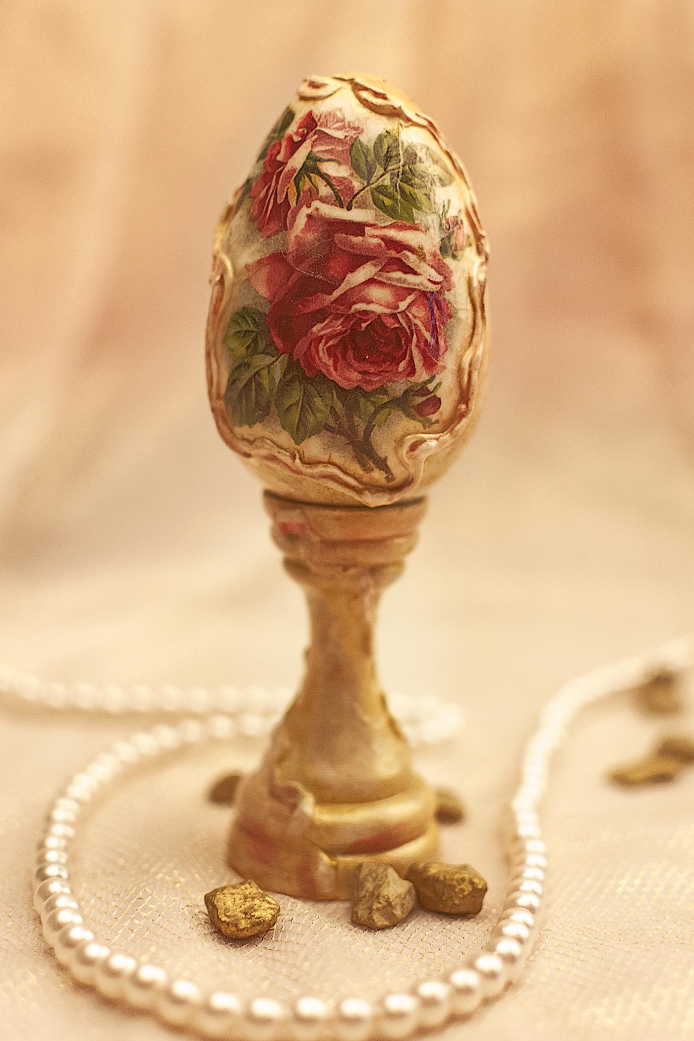 Ou Decorativ Cu Suport, Auriu, Cu Trandafiri