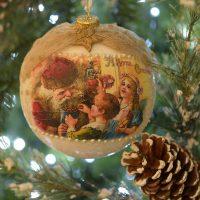 Glob mare, 12 cm cu Santa si copii