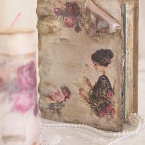 cutie_carte_veche_cu trandafiri_foto2